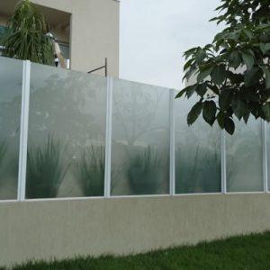 09-insulfilm-residencia-muro-condominio-fechado